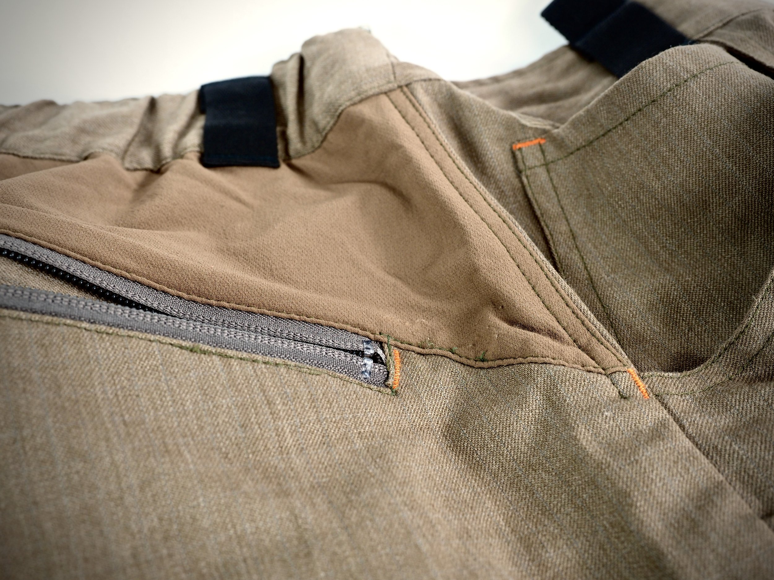 The Kanab pant offers stretch panels at various places throughout the trouser to help give when climbing up and over logs or obstacles.