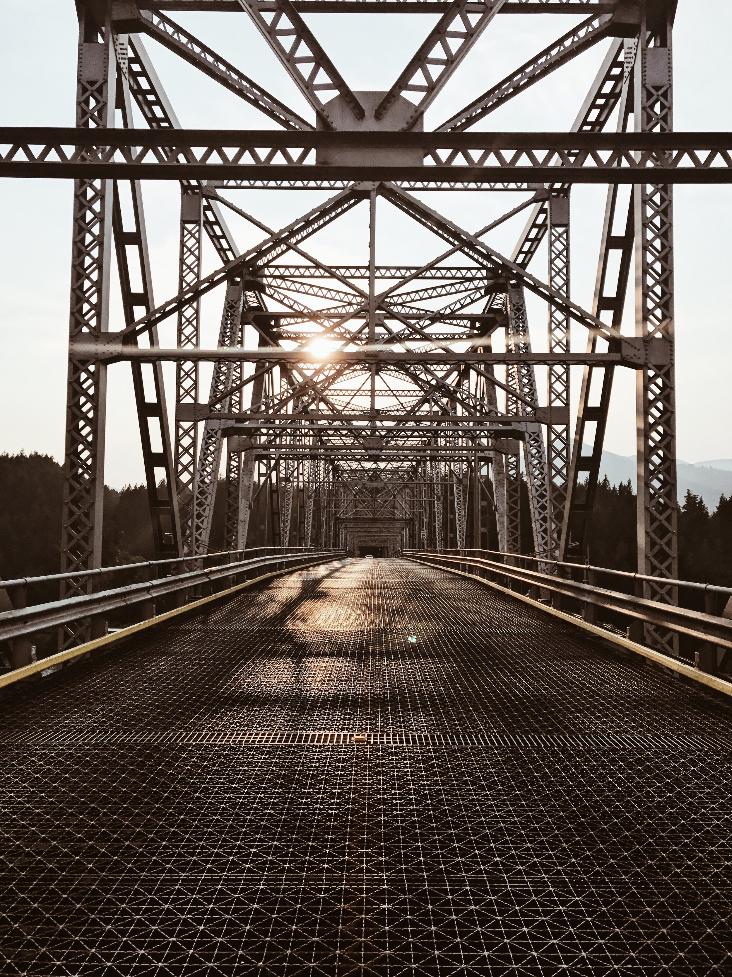 Never have I looked at this bridge from this point of view. Just beautiful.