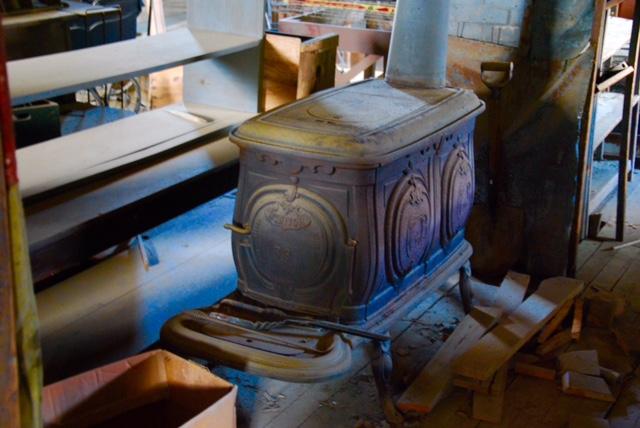 Original store wood stove