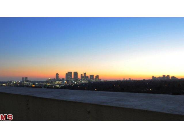 838 view 2.jpg