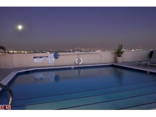 838 pool.jpg