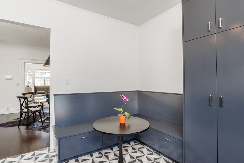 After - Kitchen Banquette