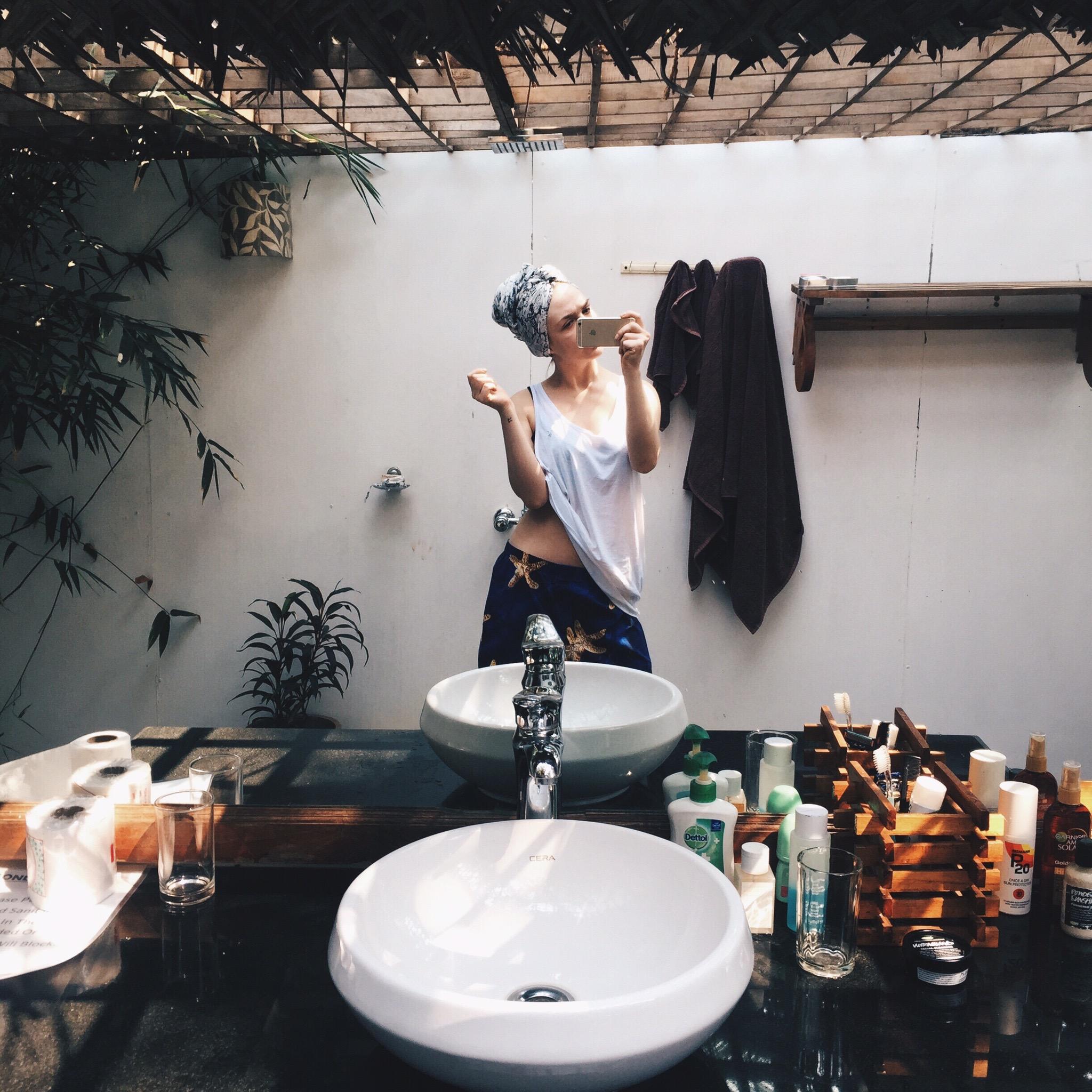 """Outdoor"" en suite bathroom at Agonda Cottages, Goa."