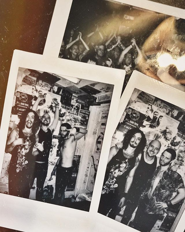 The hottest day ever. The hottest show ever. Thank you Manchester. That was so f***ing awesome 🤘🔥💥🍾 . . . #perfectwaytoendthetour #cagedanimals #uk #raveneye #soldout #hot #sweaty #passout #temp #grunge #music #polaroid