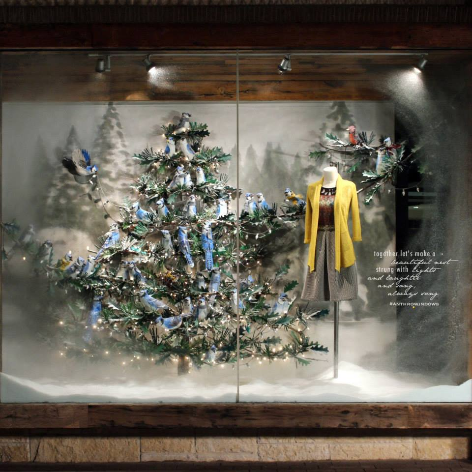best-window-displays_anthropologie_2014_christmas_birdies_01.jpg