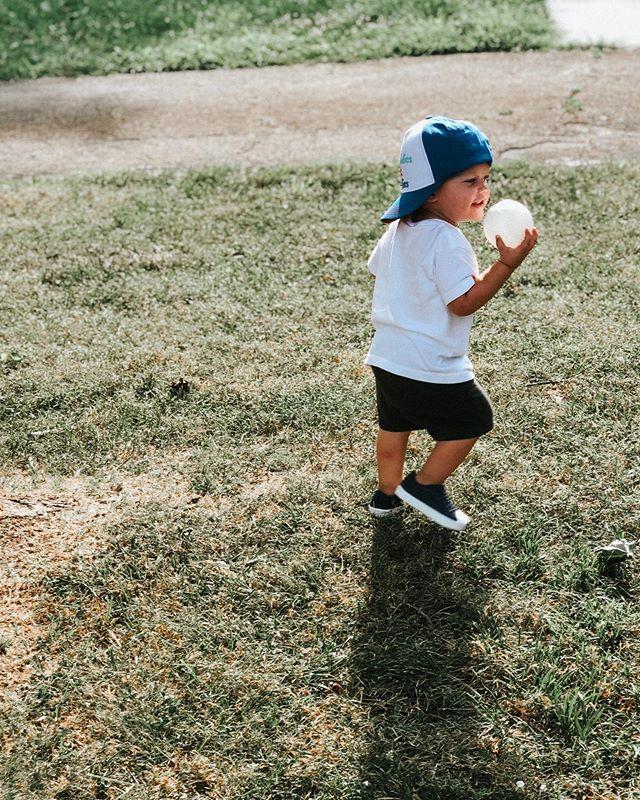 "This boy loves his ""bae-balllls""⚾️ and pretty much all balls are baseballs right now...#guessibettergetonthebaseballtrain"