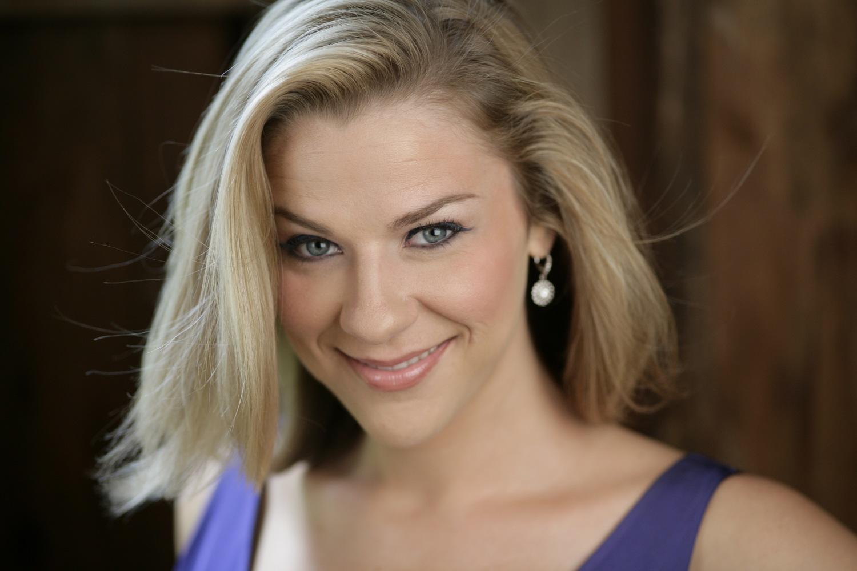 Catherine Martin   Mezzo-soprano