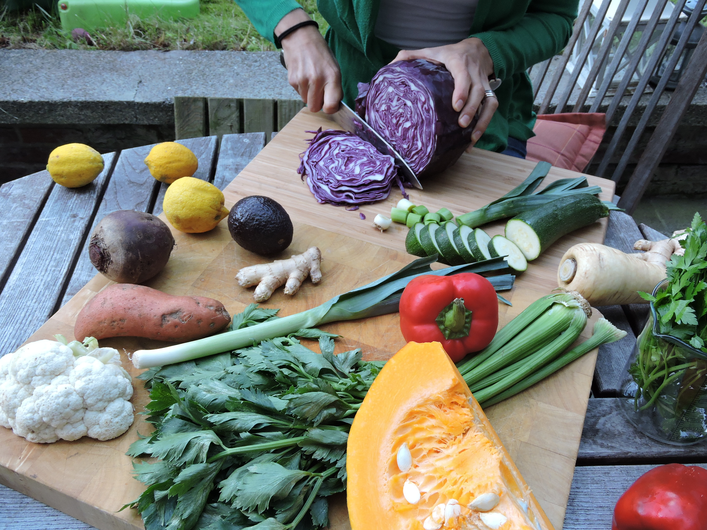Hands-on learning with simple, healthy and delicious recipes to inclue in your daily menu.    You would also love to participate in our Yoga, Chi-Kung, etc. workshops.