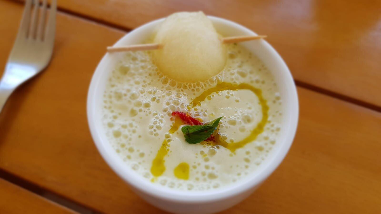 Crema fría de melón y almendras (9).jpg