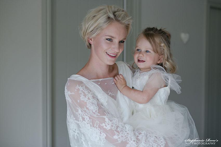 mother_child_wedding.jpg