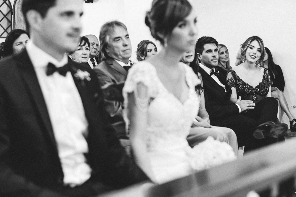 casamientoencausana-bodaencausana-fotografodecasamientoencordoba-fotografodebodaencordoba-fotoespontanadecasamiento-fotoespontaneadeboda-Malagueño-iglesiademalagueño (77).jpg