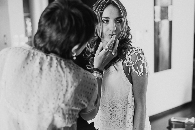 últimos detalles, vestido de novia