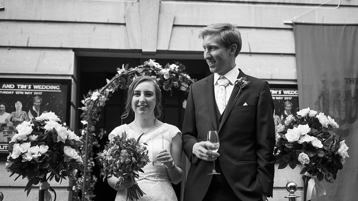 Laura+and+Tim+2017+Little+Theatre+Wedding.jpg