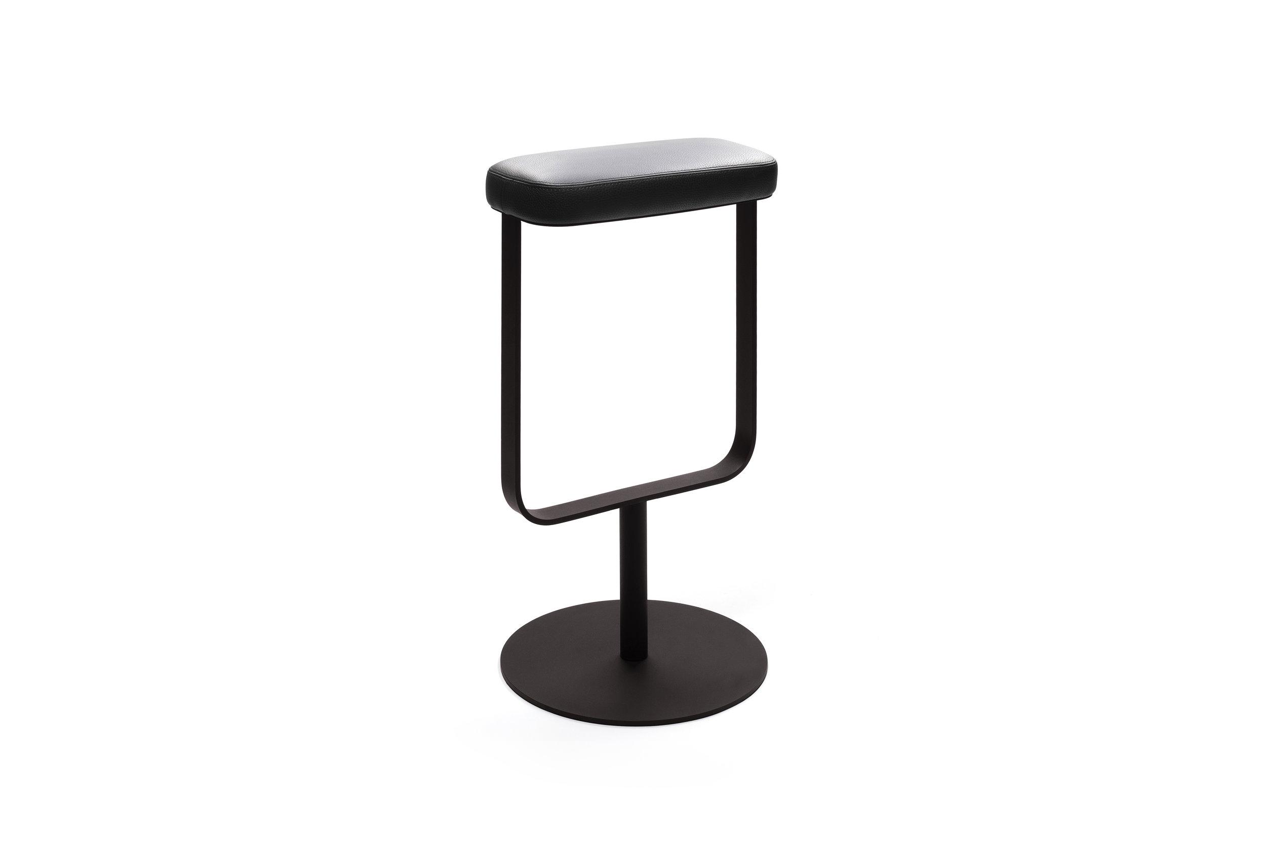 OBJEKTEN_Slim_Bar stool_AlainBerteau_3.jpg