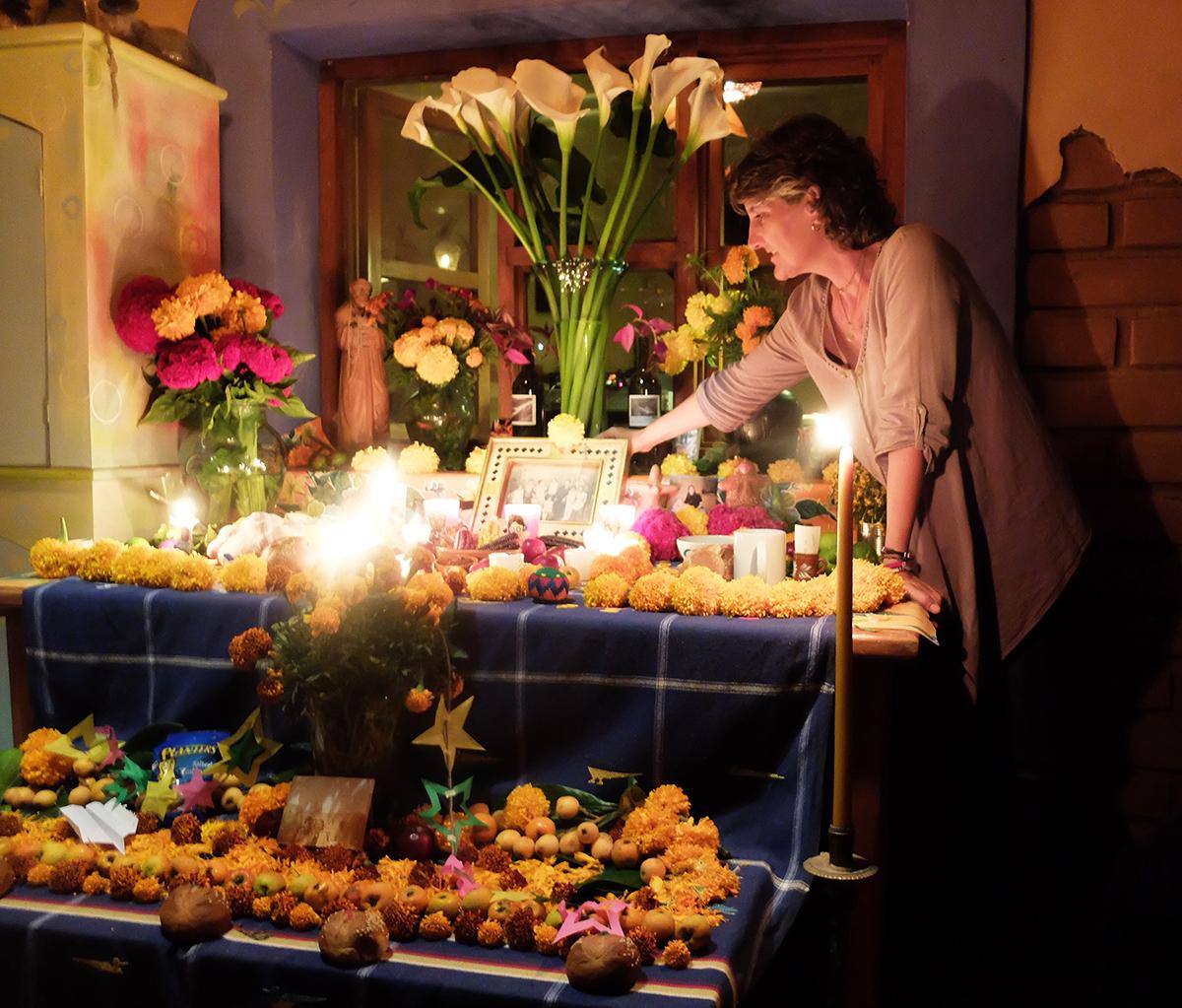10_Alex at altar.jpg