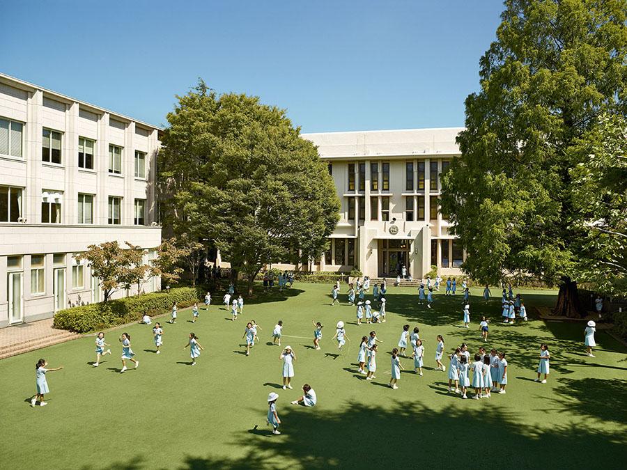 James Mollison\Seishin Joshi Gakuin School, Tokyo