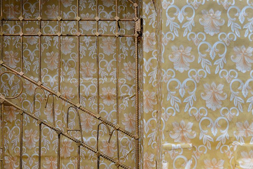 ian-strange-home-wallpaper-wrapping-05.jpg