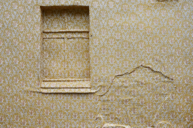 ian-strange-home-wallpaper-wrapping-06.jpg