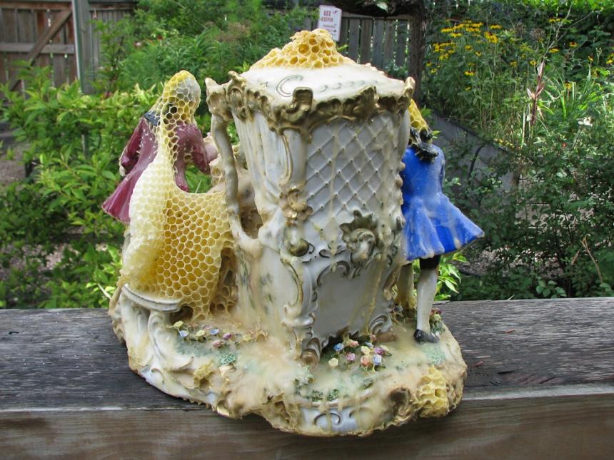 aganetha-dyck-sculture-api.jpg