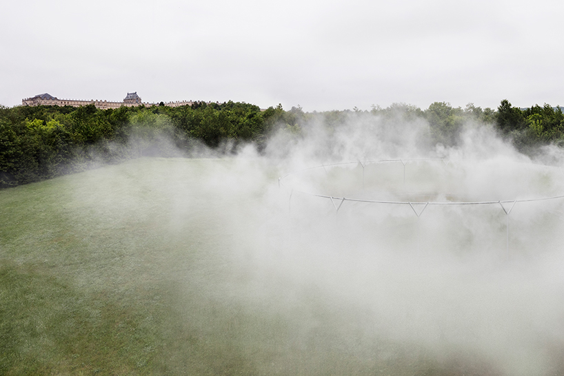 olafur-eliasson-versailles-fog-assembly.jpg