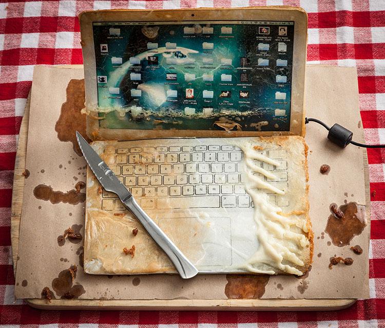 deep-fried-gadgets-hanry-hargreaves.jpg