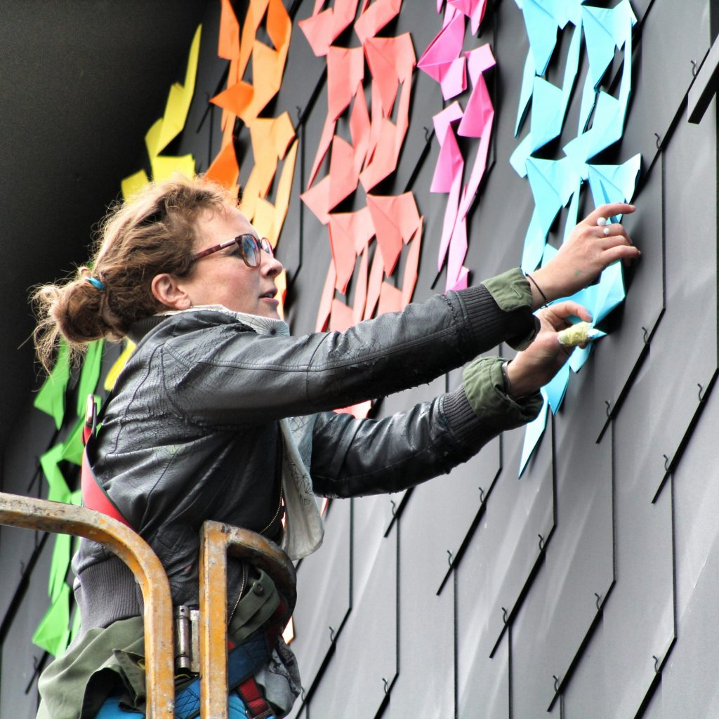 mademoiselle-maurice-street-art-cycle-lunaires-17.jpg