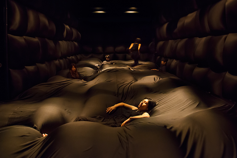 Teamlab, 'Soft black hole — your body becomes a space that influences another body'