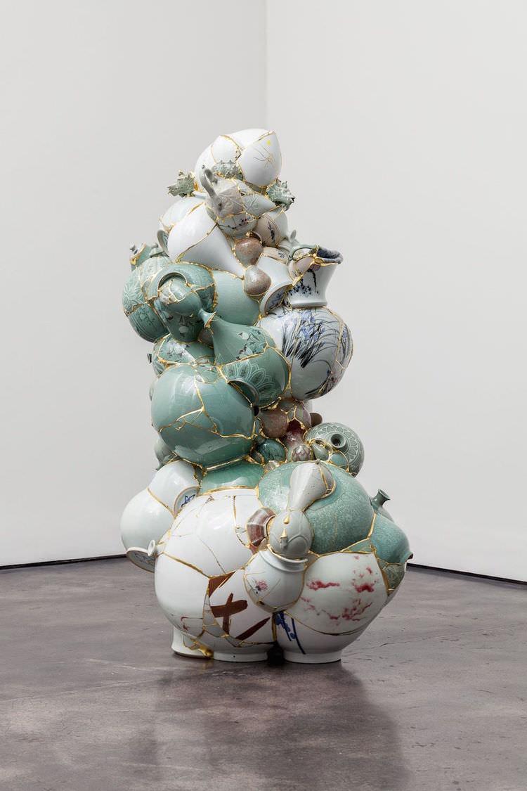 yeesookyung-sculture-translated-vase-07.jpg