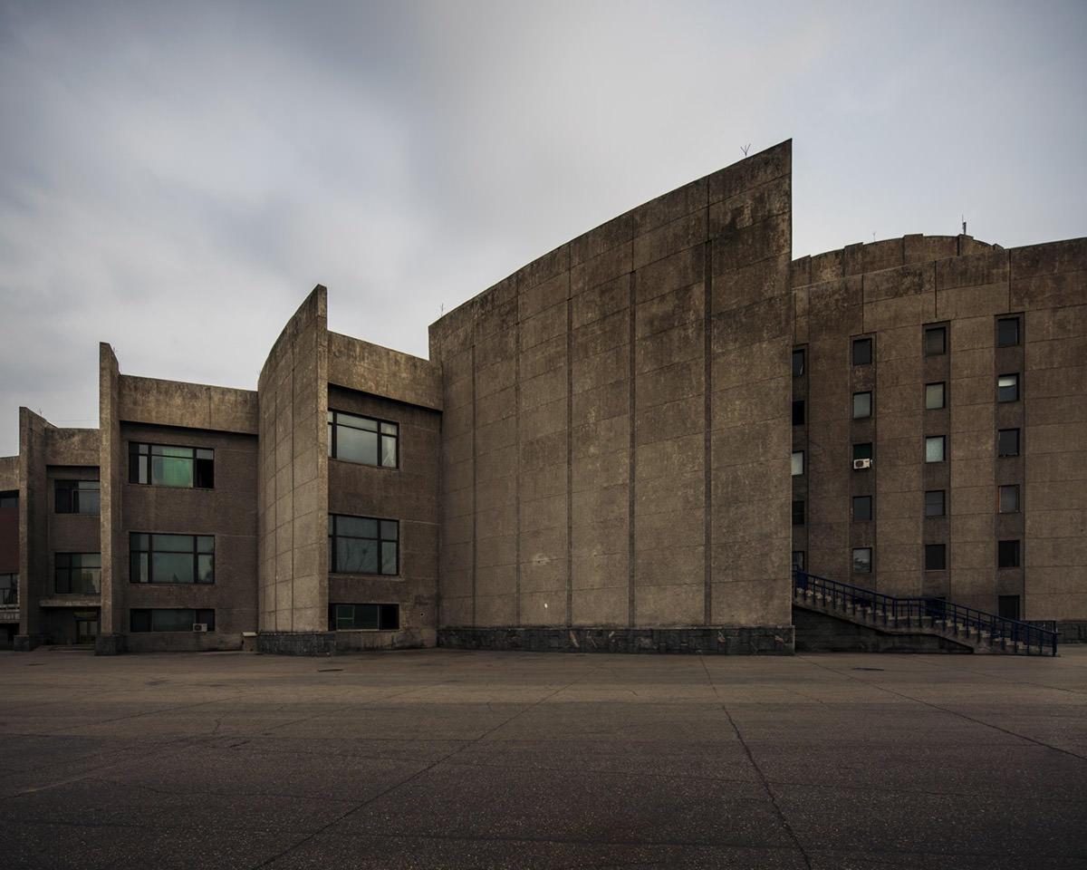 "Raphael Olivier, serie ""North Korea vintage architecture"", fotografie Pyongyang"