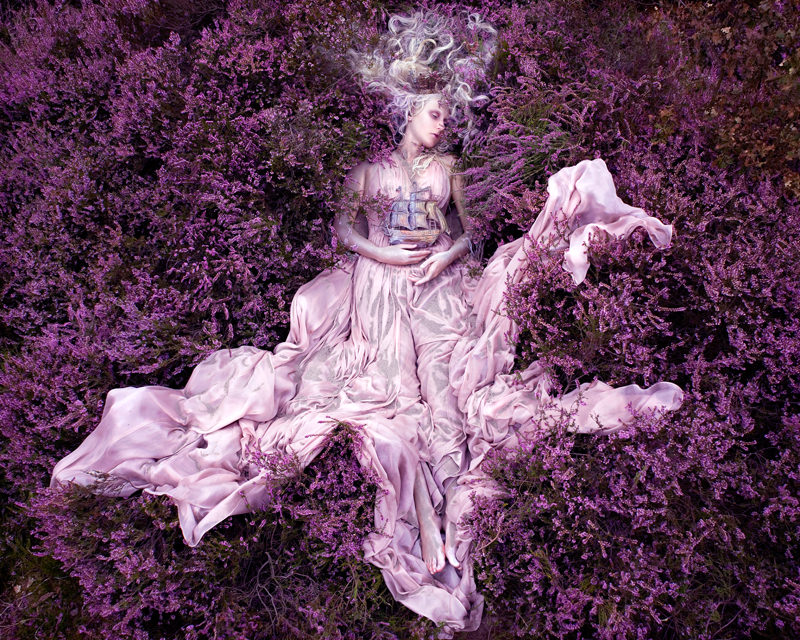 "kirsty mitchell, wonderland series, foto: ""gammelyns daughter"""