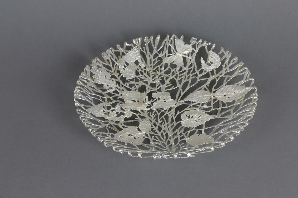 Weibke Meurer, scultura metallica in filigrana d'argento