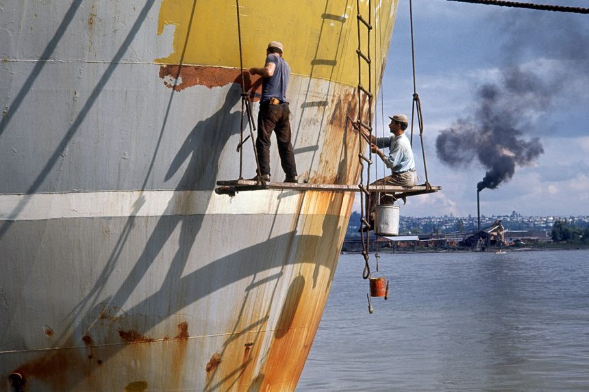 Boat Scrapers, 1964 – © Fred Herzog