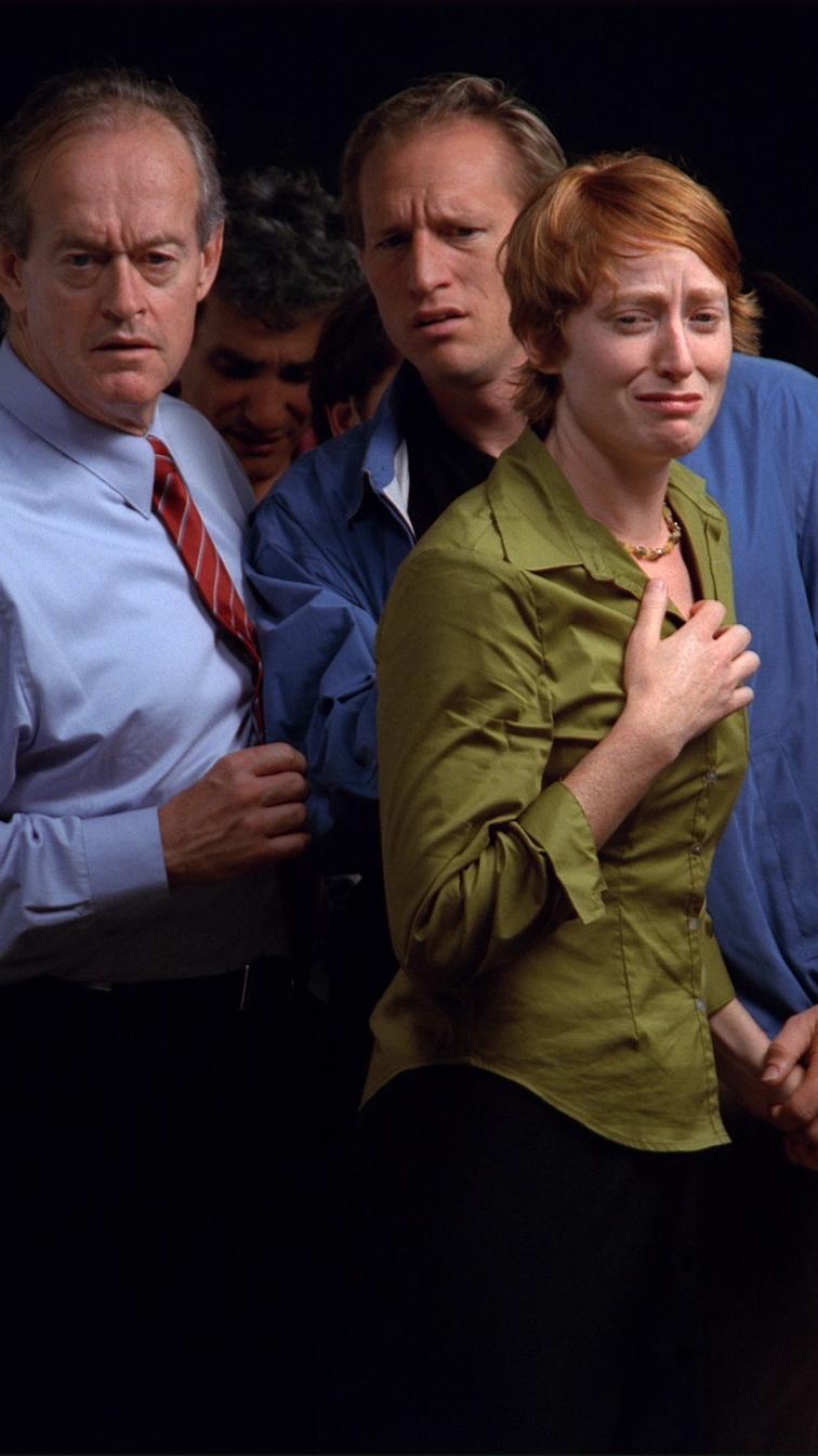 """bill viola, observance, 2002  10'14""""video a colori ad alta definizione su schermo al plasma installato a parete in verticale  museo dell'opera del duomo. cm 120,7 x 72,4 x 10,2  courtesy bill viola studio"""