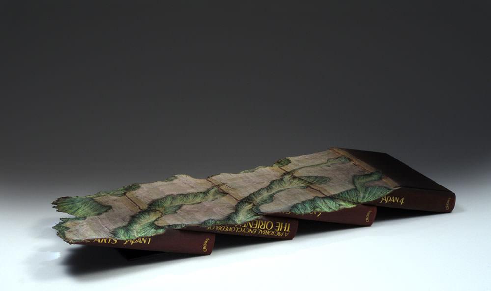 guy-laramee-sculture-di-libri-03
