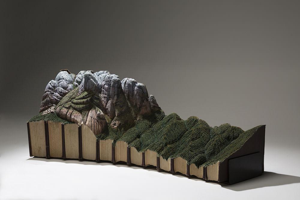guy-laramee-sculture-di-libri-05