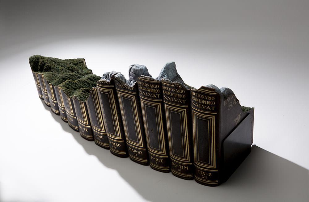guy-laramee-sculture-di-libri-07