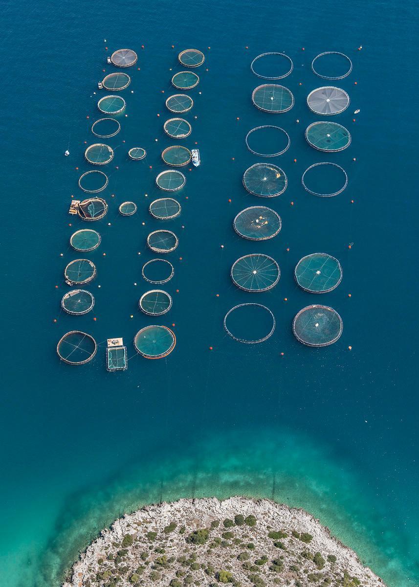 bernhard-lang-fotografia-aerea-serie-fish-farms-06