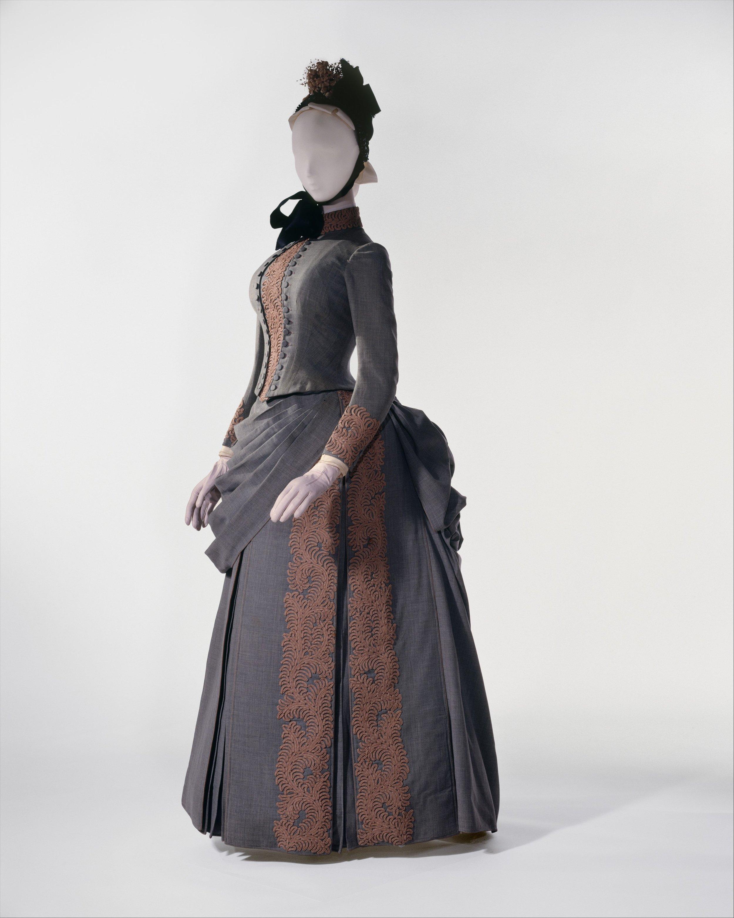 """ Masterpieces of The Metropolitan Museum of Art "". Herman Rossberg, Abbigliamento per matrimonio, 1887"