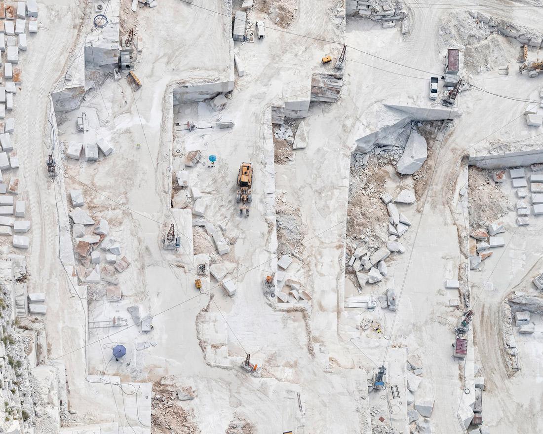 bernhard-lang-carrara-marble-01