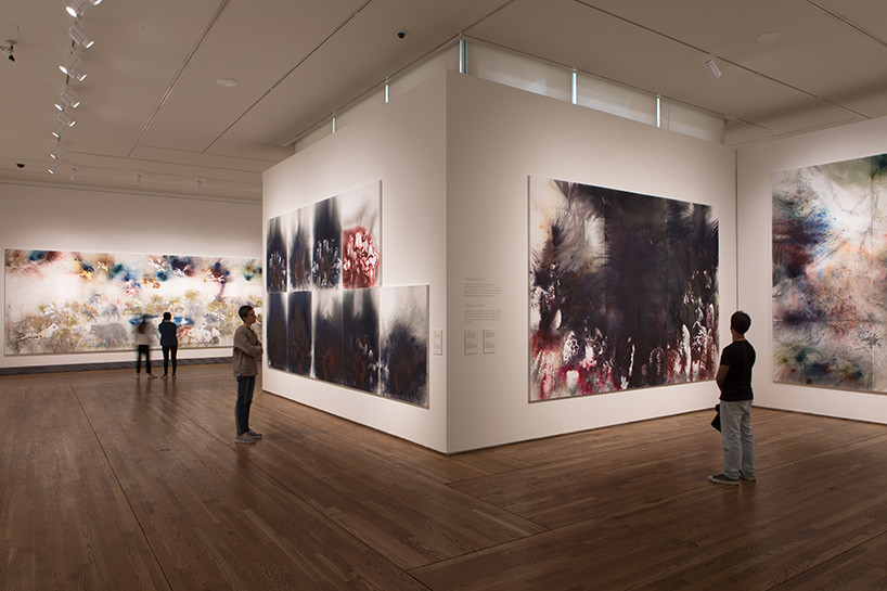 imagine delle galllerie espositive della mostra 'the spirit of painting. cai guo-qiang at the prado'; photo by wen-you cai, courtesy cai studio