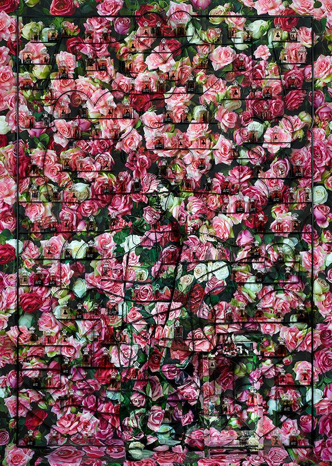 Liu Bolin, Hiding in the City Paris, Love, 2014 © Liu Bolin / Courtesy Liu Bolin / Galerie Paris-Beijing Collection Guerlain