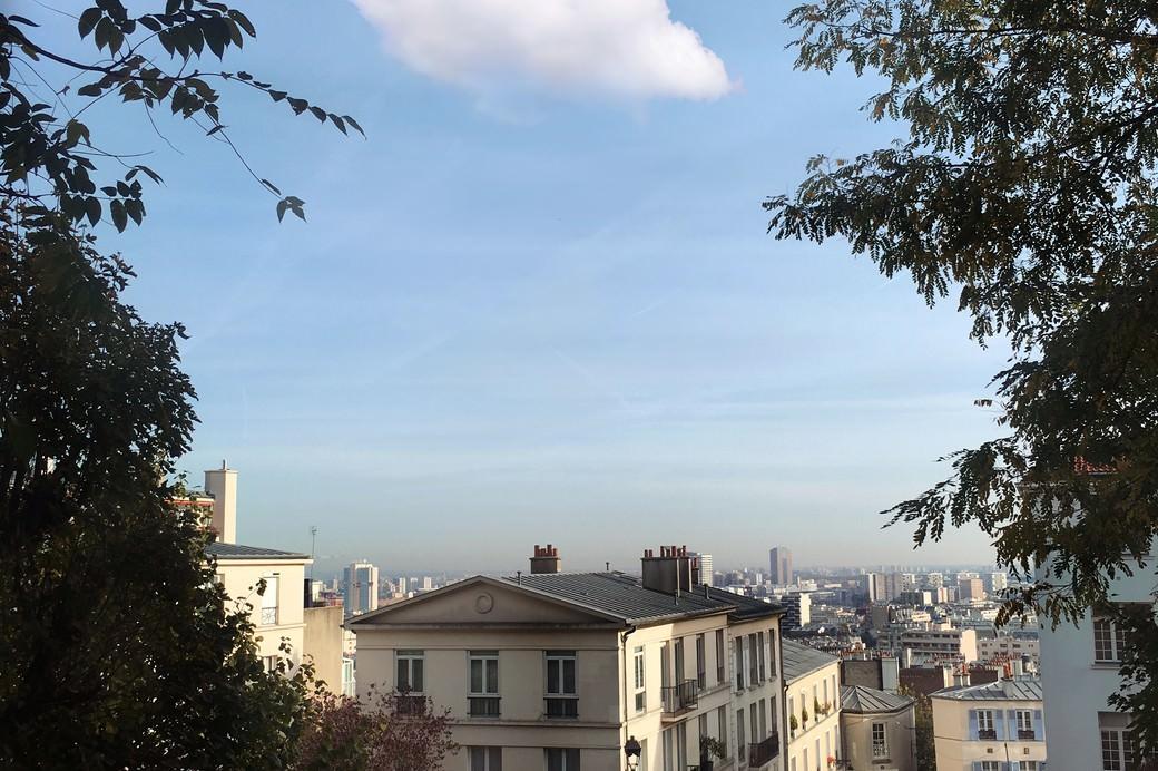 Leandro Elrich, Nubes of Paris