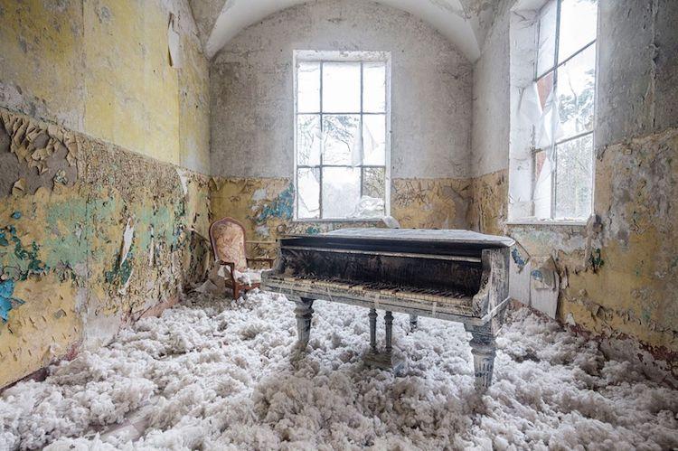 romain-thiery-requiem-for-pianos-12.jpg