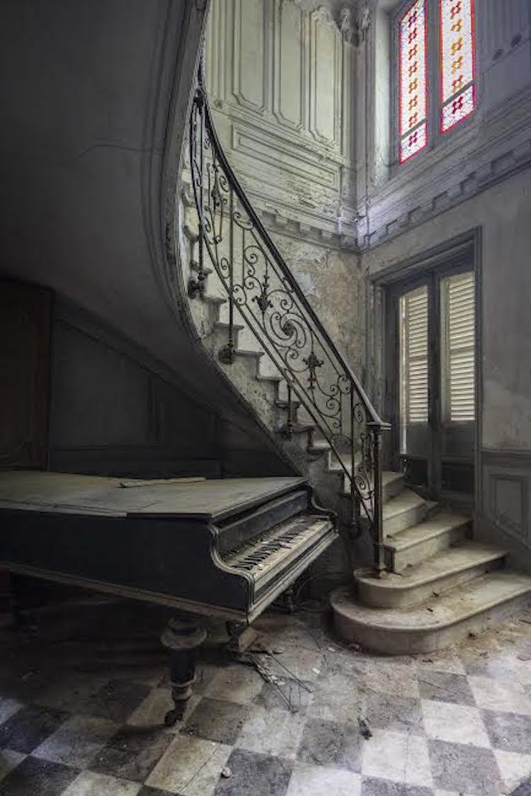 romain-thiery-requiem-for-pianos-4.jpg