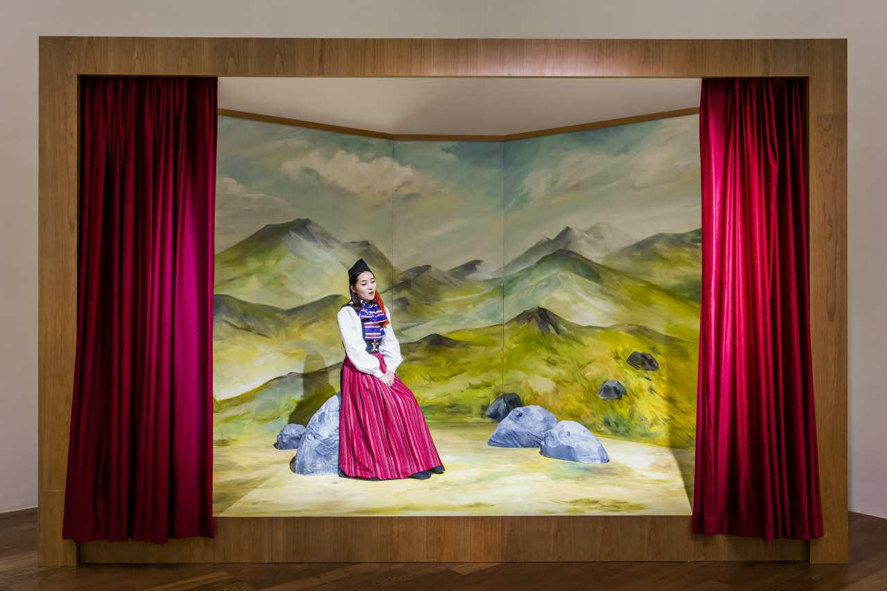 Ragnar Kjartansson, My great, great, grandmother's song (for China), 2018. Performance. Courtesy of the artist and Luhring Augustine.