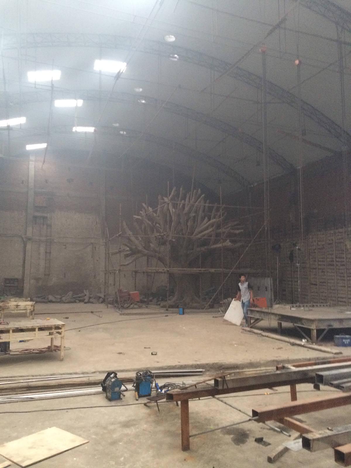 Parte dell'installazione 'Tree' nello studio in Beijing di Ai Weiwei Photo: Tim Marlow © Royal Academy of Arts, London