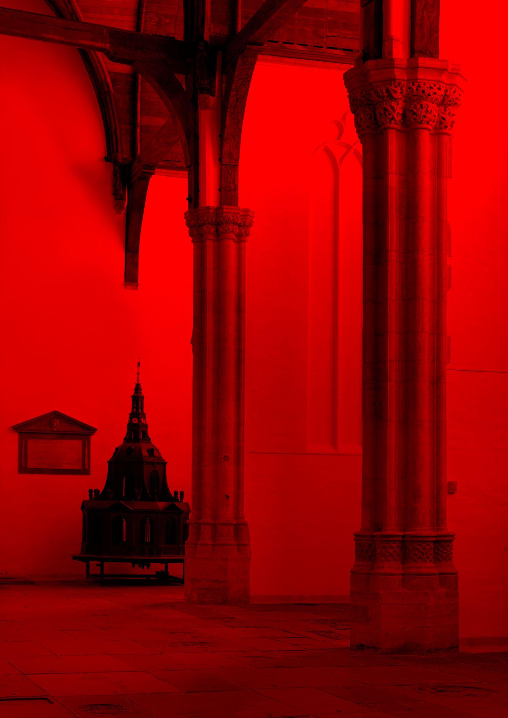 Giorgio Andreotta Calò, Anàstasis (ἀνάστασις), 2018; Veduta dell'installazione, Oude Kerk, Amsterdam, 2018. Courtesy Studio Giorgio Andreotta Calò, Venezia. Foto: Gert Jan Van Rooij
