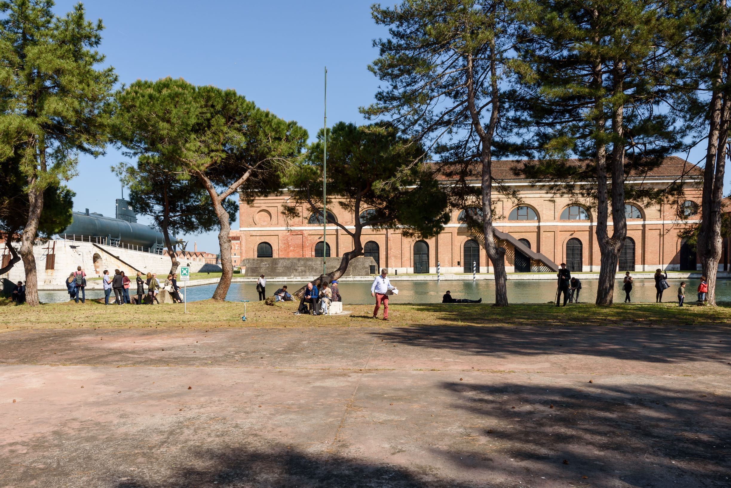 Pavilion of LITHUANIA, Sun & Sea (Marina). Photo by: Andrea Avezzù. Courtesy: La Biennale di Venezia