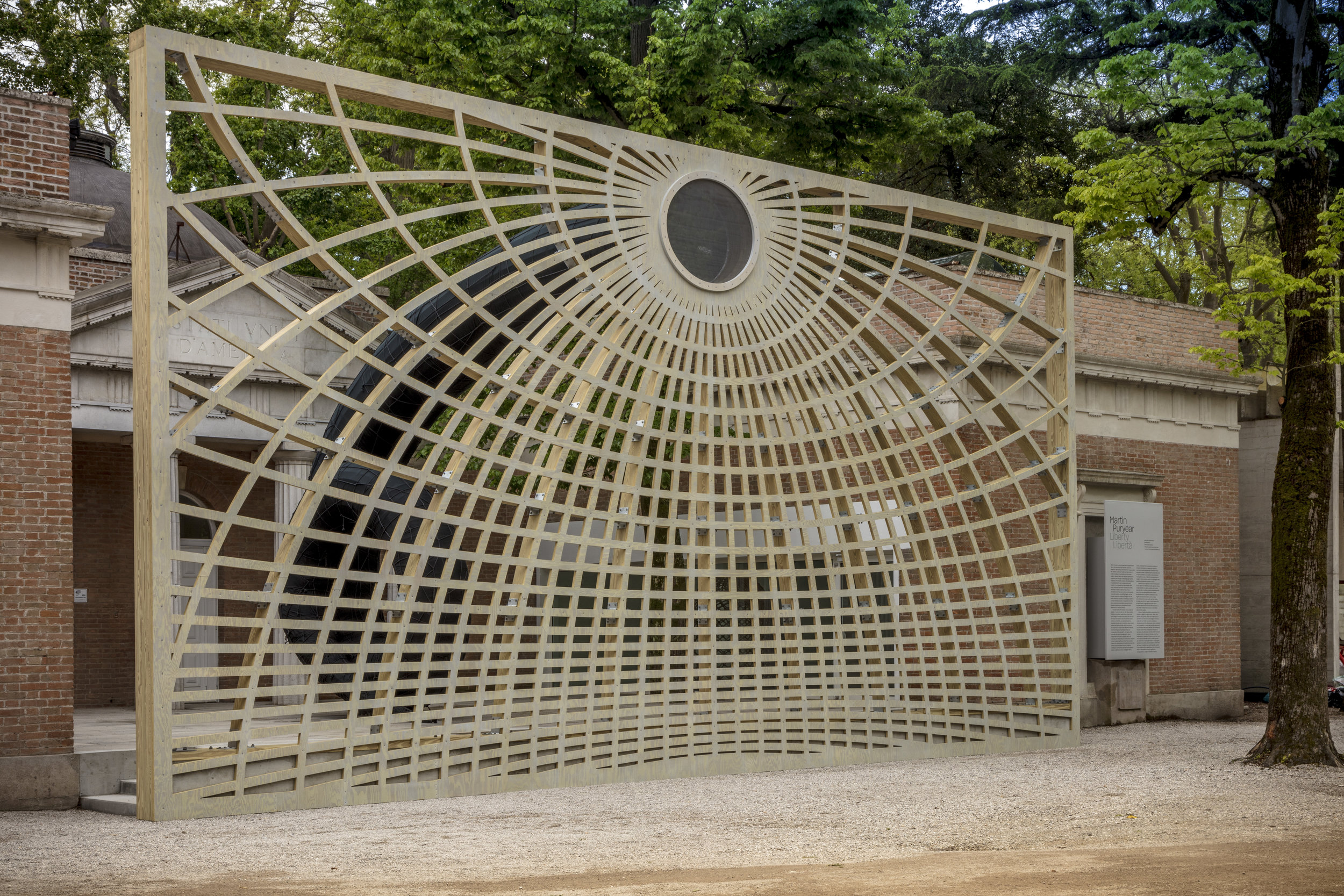Pavilion of UNITED STATES OF AMERICA, Martin Puryear: Liberty / Libertà. Swallowed Sun (Monstrance and Volute), 2019. Photo: Joshua White