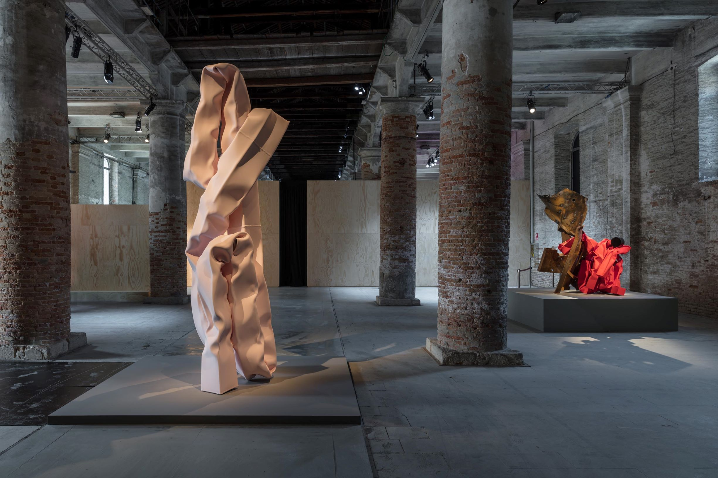 Carol Bove, Various works, 2017-2019 (Arsenale); Stainless steel, found steel and urethane paint. Photo by Maris Mezulis
